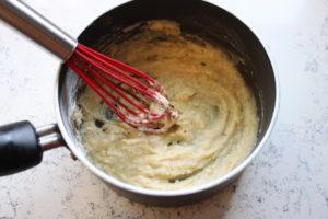 traditional homemade turkey gravy