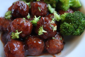 Crockpot turkey meatballs with cranberry sauce