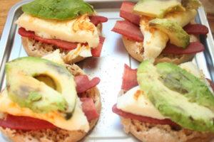 turkey bacon breakfast sandwiches