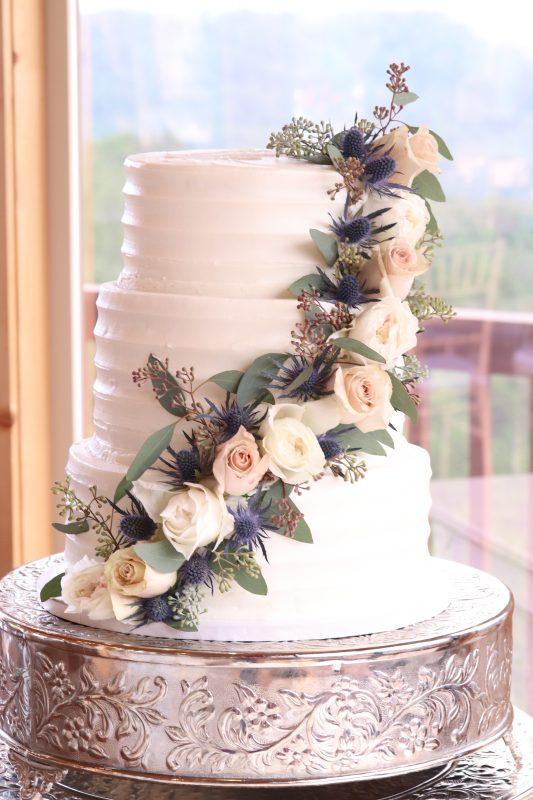 Diagonal Rose Cake