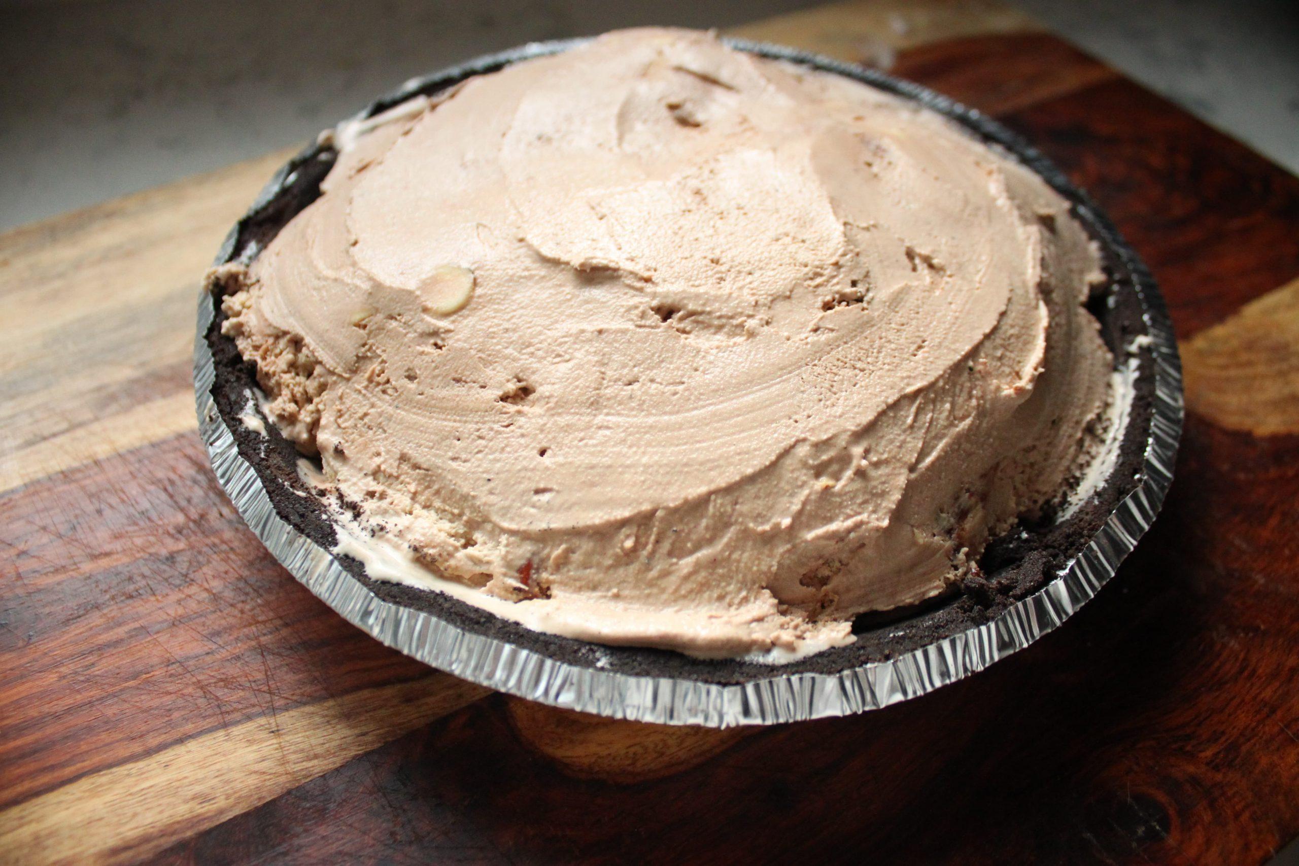 How to Put Ice Cream into Pie Crust